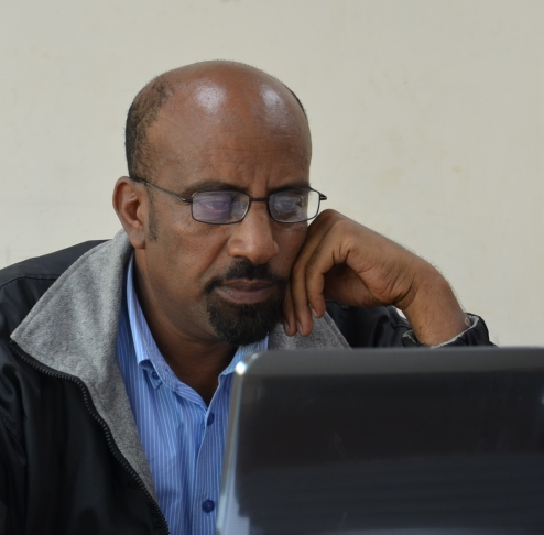 Dr. Delenasaw Yewhalaw leads of team of entomologists at Jimma University.
