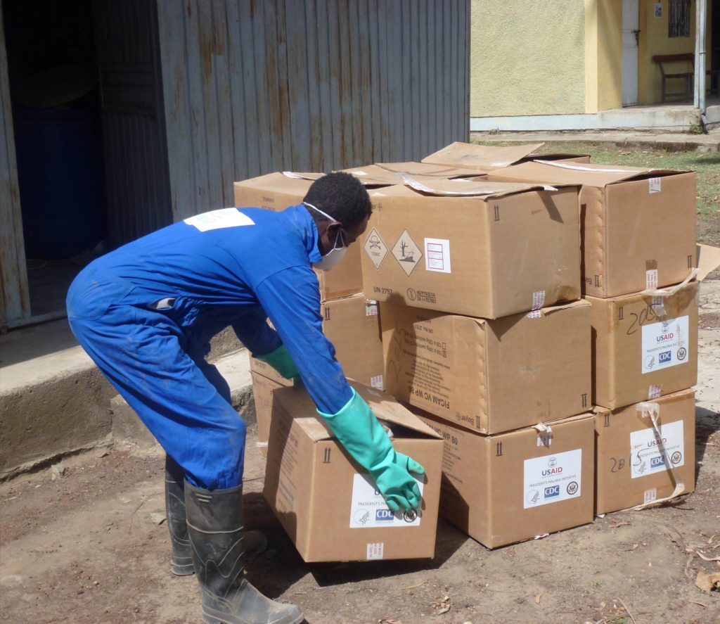 The PMI AIRS Project arranged for the transfer of nearly 13,000 bendiocarb sachets to a district that was able to use the insecticide in this year's spray campaign. Photo: AIRS Ethiopia